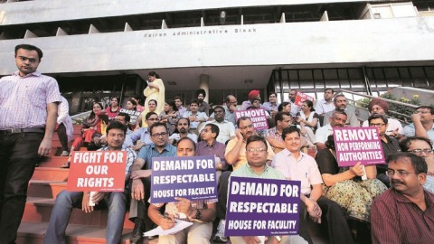 Doctor of PGI protested due to Pending Issues