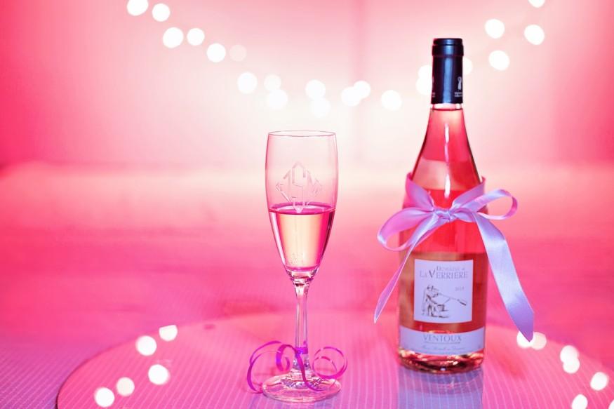 pink-wine-1964456_1280
