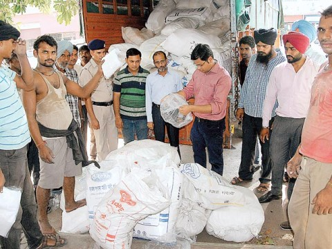 Challans for use of Polybags by SDM in Chandigarh