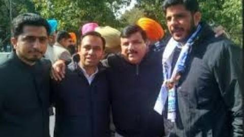 PU Syndicate Member Varinder Singh Gill Joins Aam Aadmi Party