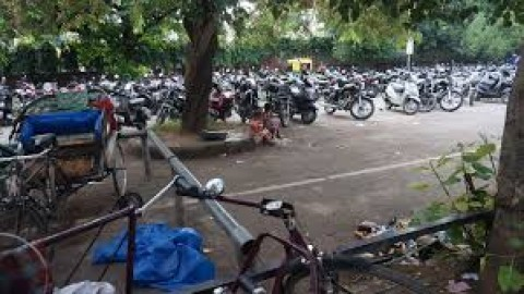 Sector 22-B Parking Lot Closing Is Not Feasible, Says Municipal Corporation
